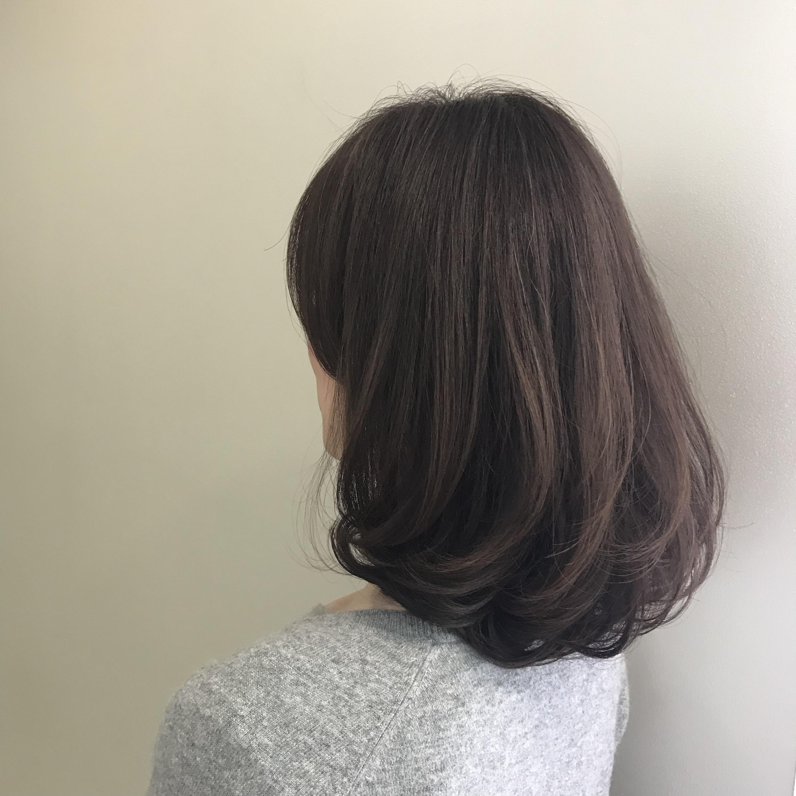 冬髪はゆれ髪。ちょこっとレイヤー&ゆる巻きで女っぷり上々!(たぶん。笑)_1_2-2