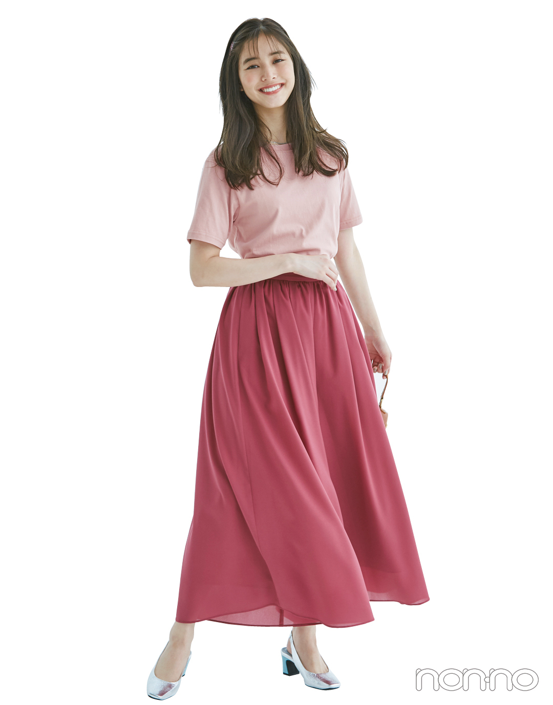 くすみピンクのTシャツ、今買ってもこれだけ着倒せる! 最新コーデ4選★_1_3-3
