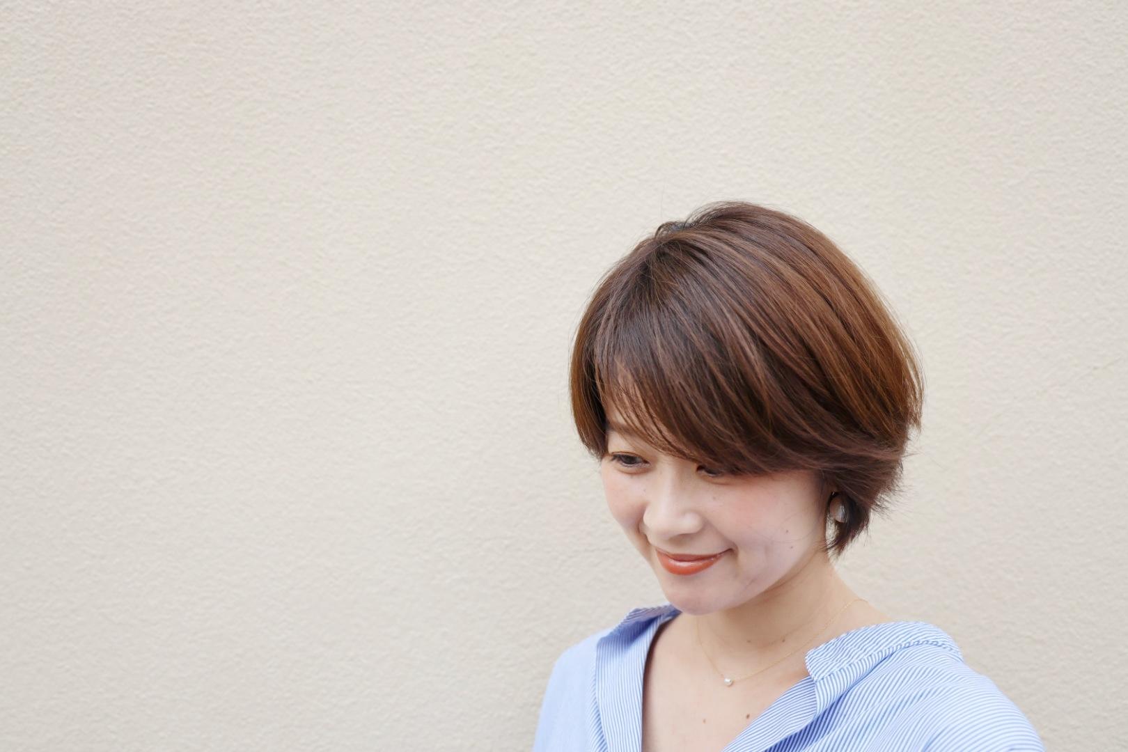 「外出自粛中でヘアサロンに行けない」問題を改善!髪の褪色をカバーする簡単ホームケア_1_3-1