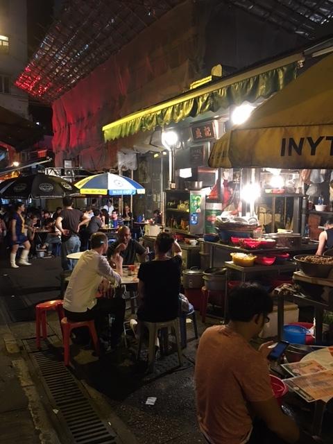 香港の屋台で香港男子のサービス精神に感動♪_1_4