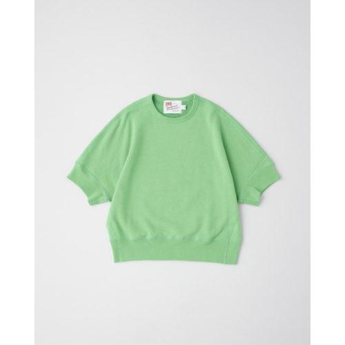 トラディショナル ウェザーウェアのビビットグリーン色のスウェット