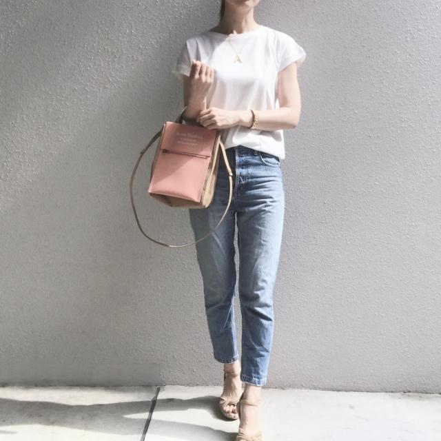白Tシャツとデニムで過ごす夏のベーシックスタイル_1_5
