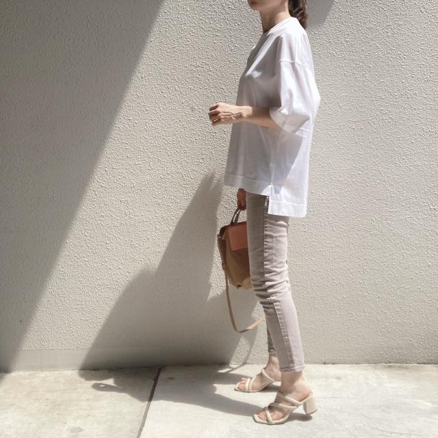 シンプルな白Tシャツの着回しコーデ_1_4