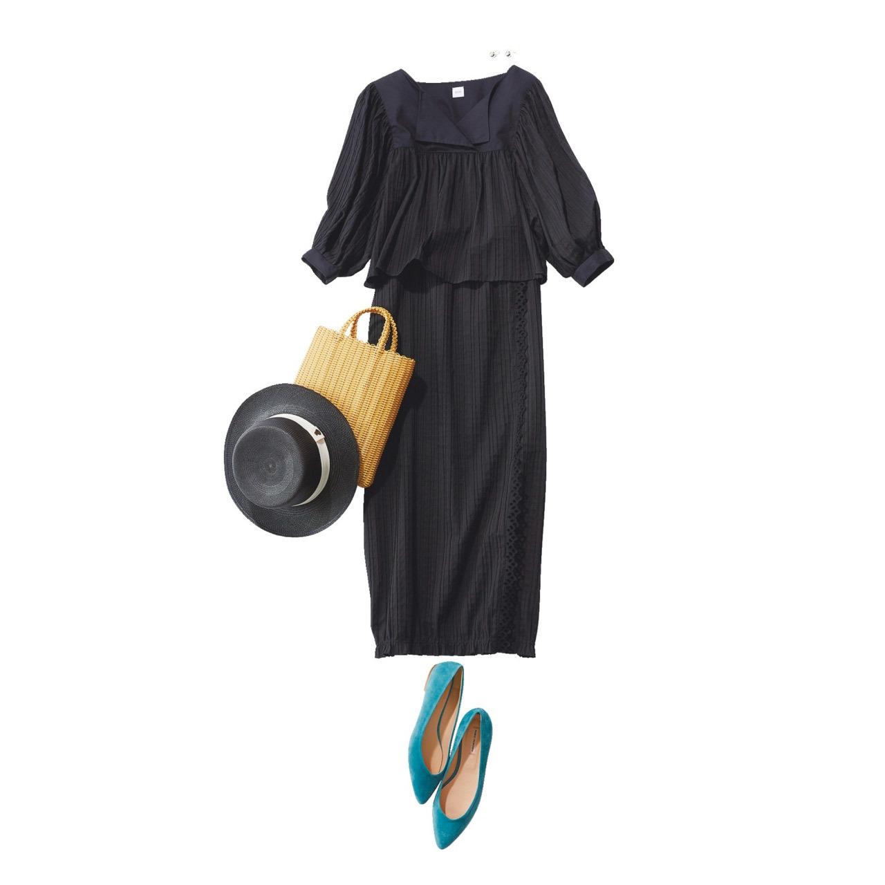 ■黒のふんわりブラウス×黒の細身スカートのセットアップコーデ