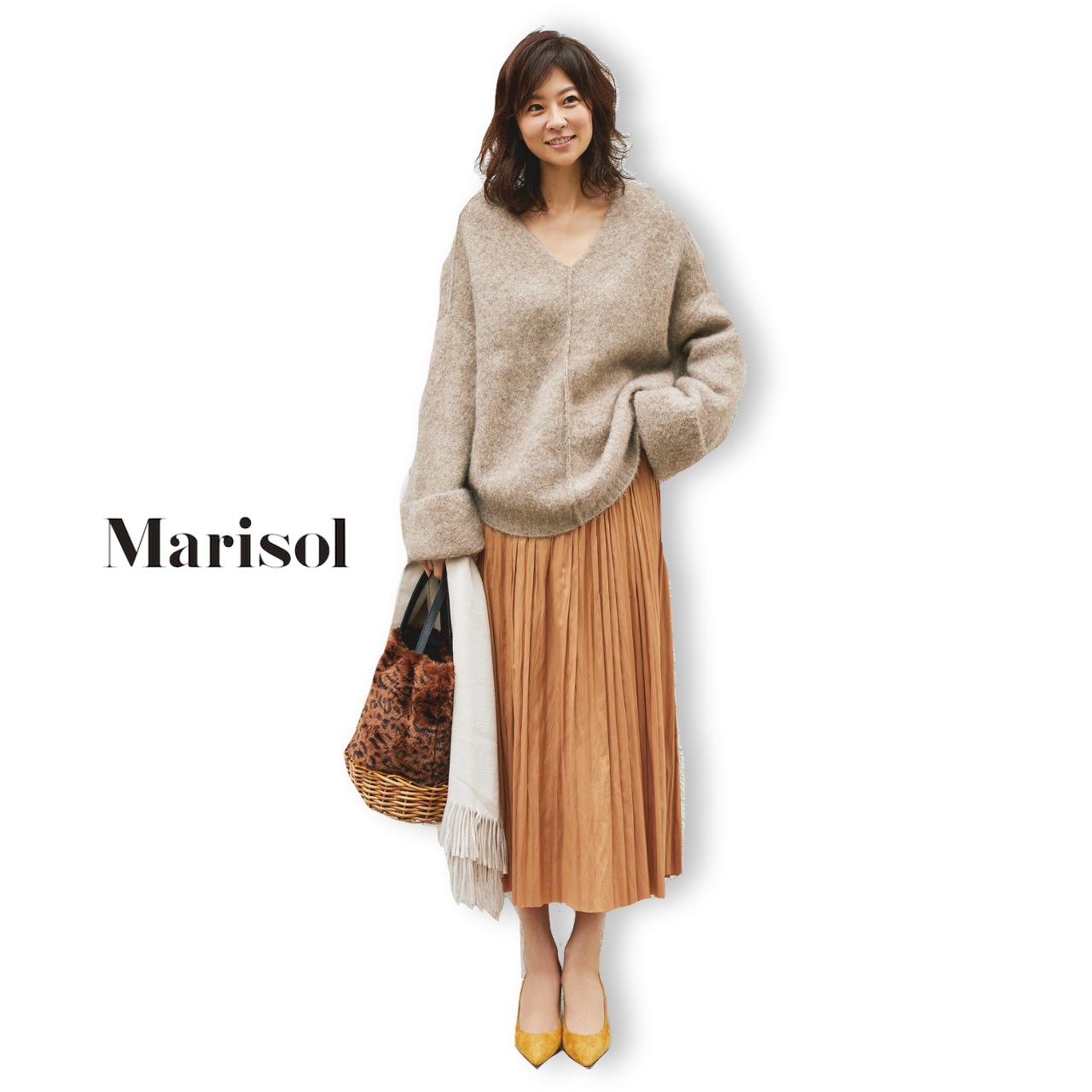 40代ファッション ざっくりニット×プリーツスカートコーデ