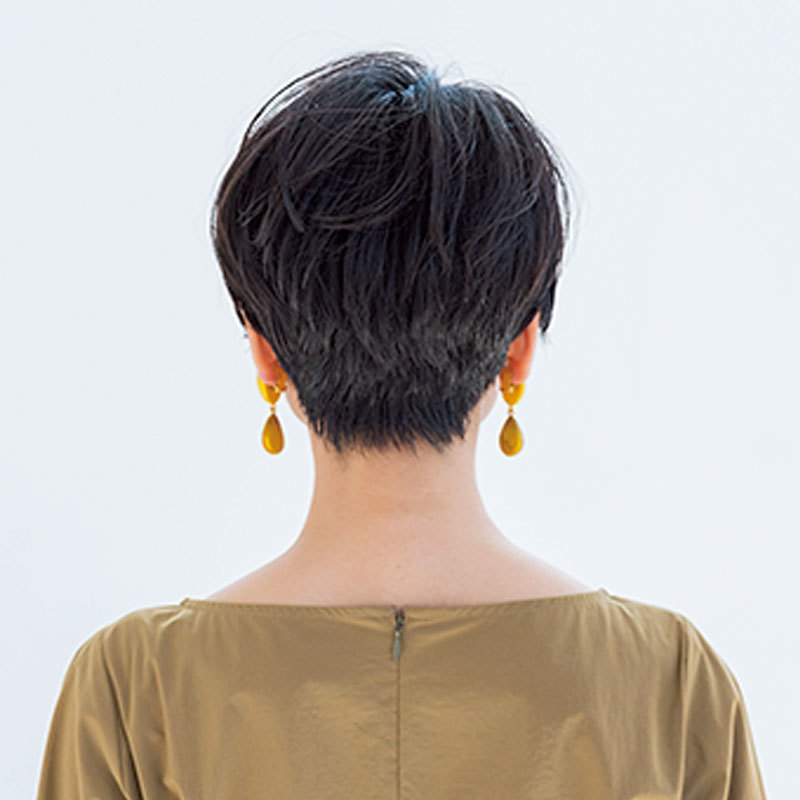 かっこいいのに女っぽい。アクセ映えモードショート【40代のショートヘア】_1_1-3