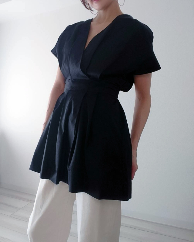 【ZARA】ブラックシャツで魅せる40代夏のモノトーンコーデ_1_1