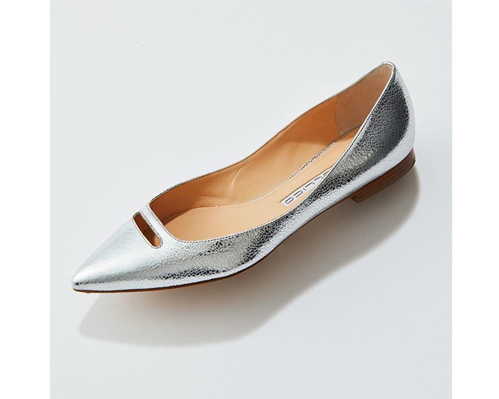 この春の靴は「白・シルバー・ベージュ系」がとにかく使える!_1_1-3