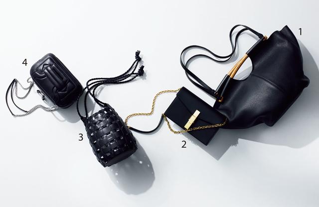カジュアルな装いも一気に洗練される黒のバッグ