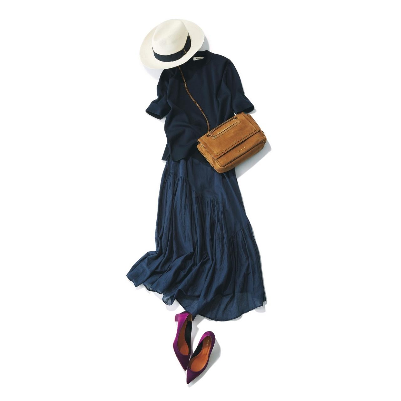 ネイビーのギャザースカート×ネイビーニットのファッションコーデ