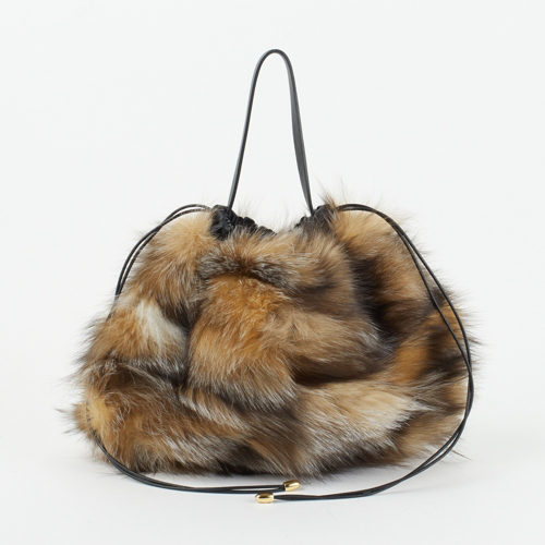 ファーやムートン、冬素材バッグで迎える新しい季節_1_2