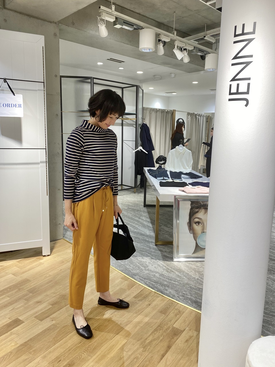 JENNE店内にて