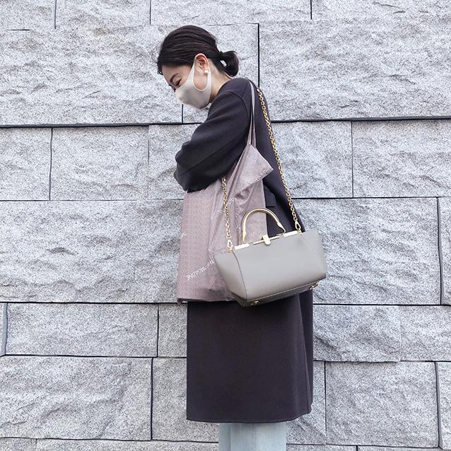 三尋木奈保さんとサードマガジンエコバッグ