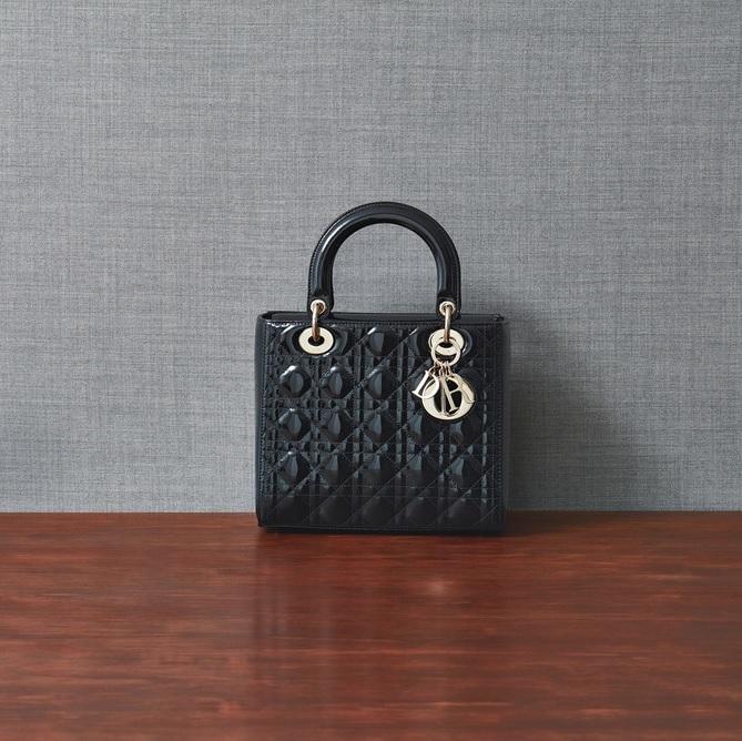 ファッション ディオールのバッグ
