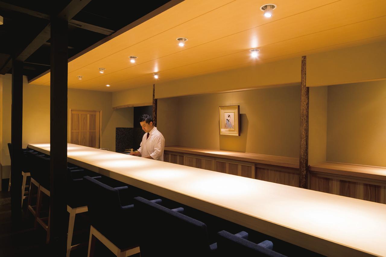 茶懐石から寿司まで 密度の高い和食を味わう 富小路 やま岸_1_2-2
