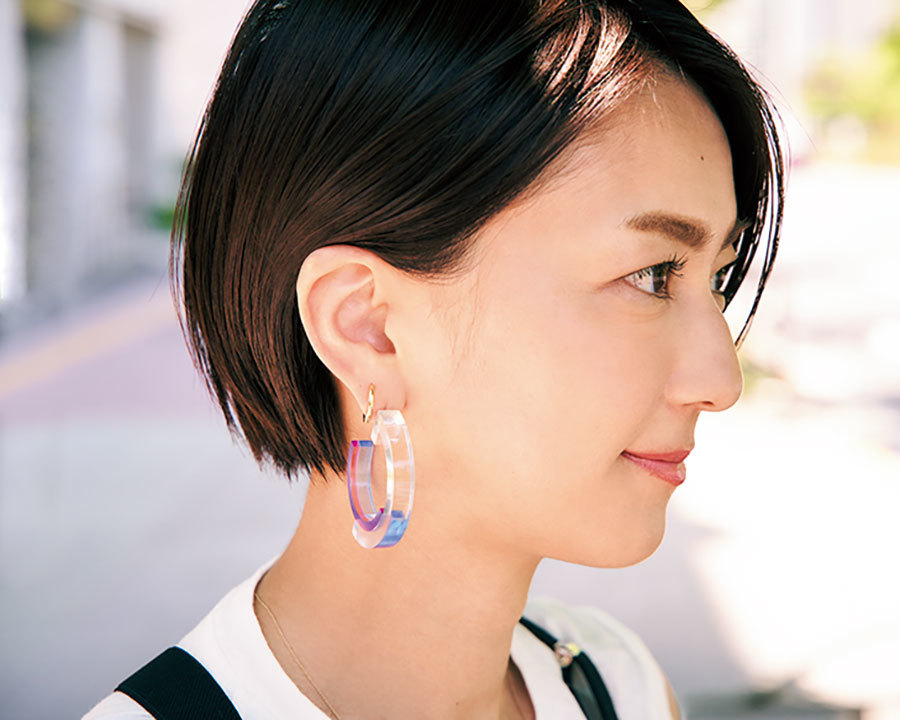 ビューティ&ユースユナイテッドアローズ PR 平井美帆さんの手元コーデ_Rabitt neck