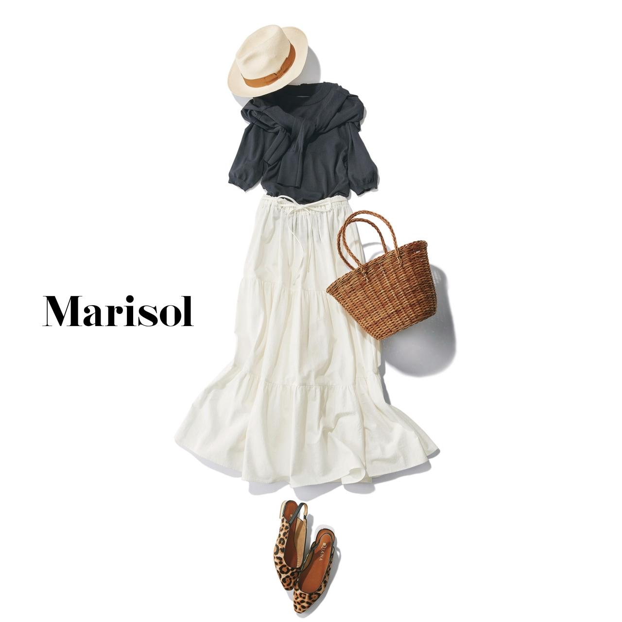 40代ファッション アンサンブルニット×白フレアスカートコーデ