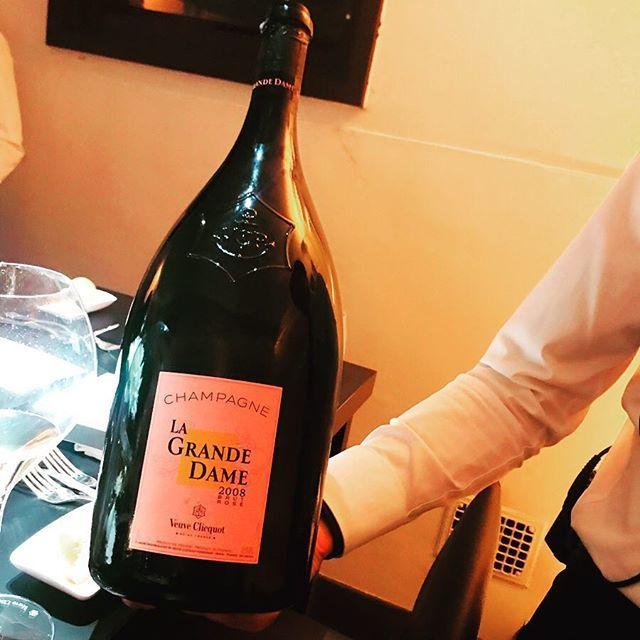 シャンパンのヴーヴ・クリコ『ラ・グランダム2008』のローンチレセプションに伺いました!_1_2