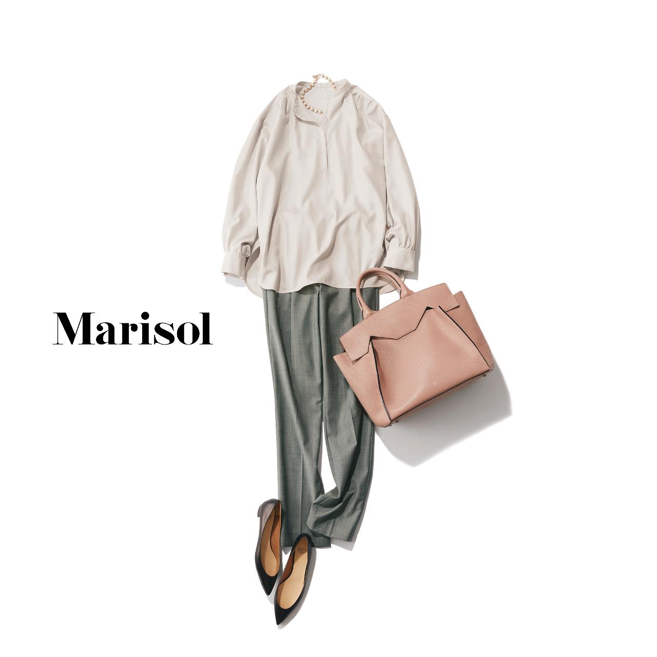 40代ファッション  シャツ×グレーパンツコーデ