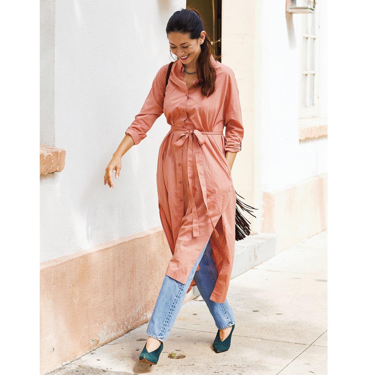 シャツワンピース×デニムコーデのファッションコーデ
