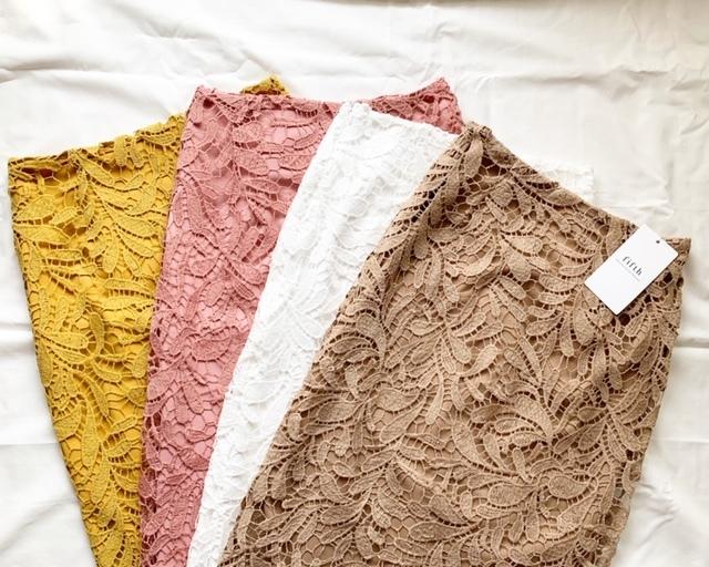 【fifth】レースロングタイトスカート♡ 30%や40%OFFチケットを使って購入!裏地の長さ、大人の春色が気に入っています♪