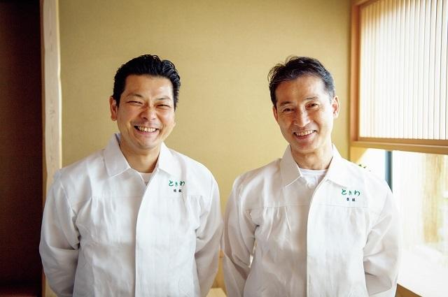 ご主人の西塚茂光さん(右)。後進を育てるのも責務と、松本一樹さん(左)を料理長へ。ふたりのタッグも楽しみ