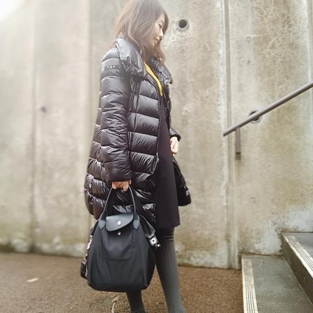 黒ダウンコートの中はグレーワントーンが、しっくりきます☆_1_3-2