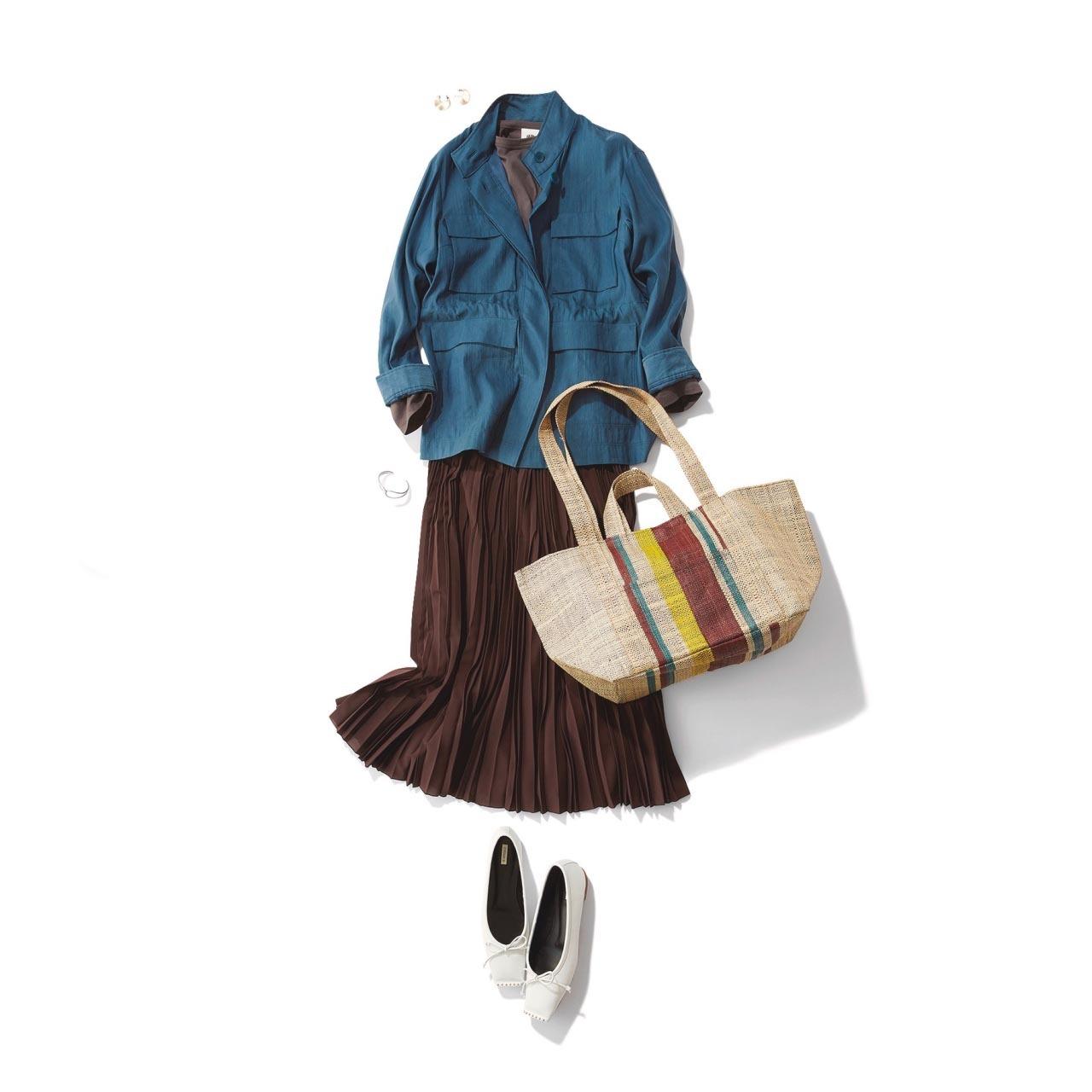 シャツジャケット×スカート×白いバレエ靴