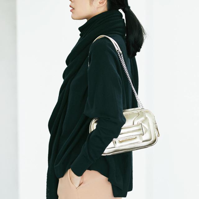 ピエール アルディのバッグをコーデしたスタイル