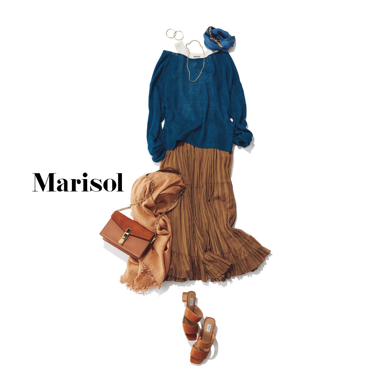 40代ファッション  ブルーニット×ブラウンプリーツスカート コーデ