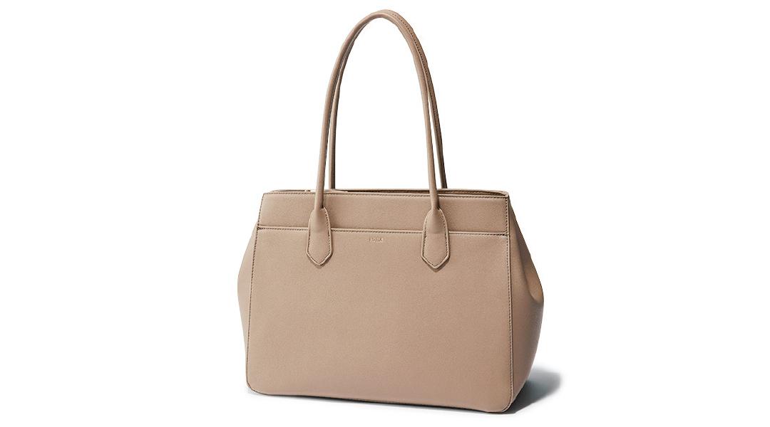 【4ケタから】20代女子におすすめの高見え通勤バッグをもっと見る_1_10