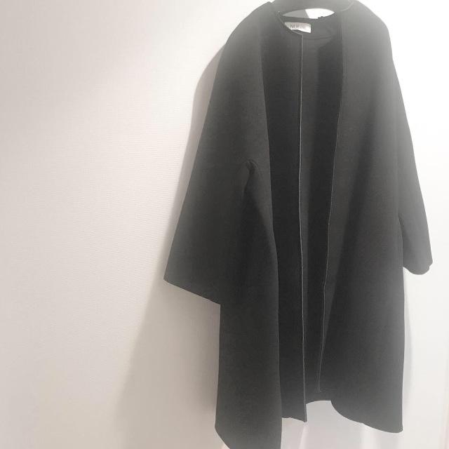 新しいコートに華やぐブローチをPut On_1_1-1
