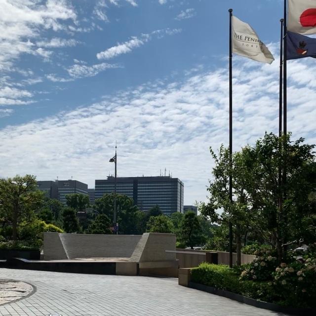 香港&上海ホテルズ、ザ・ペニンシュラ東京、日本の国旗
