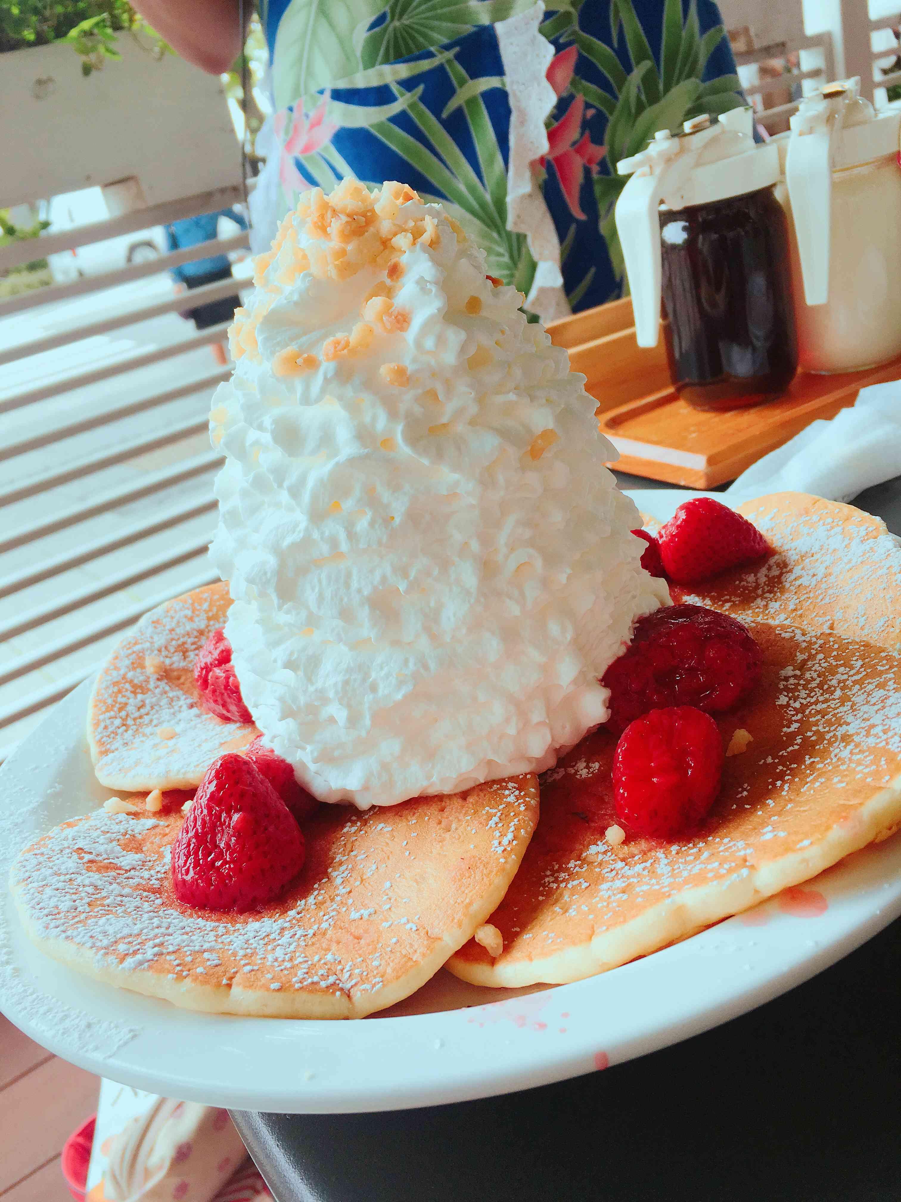 Eggs 'n Things♡【期間限定】ブルーベリーレアチーズパンケーキ_1_3