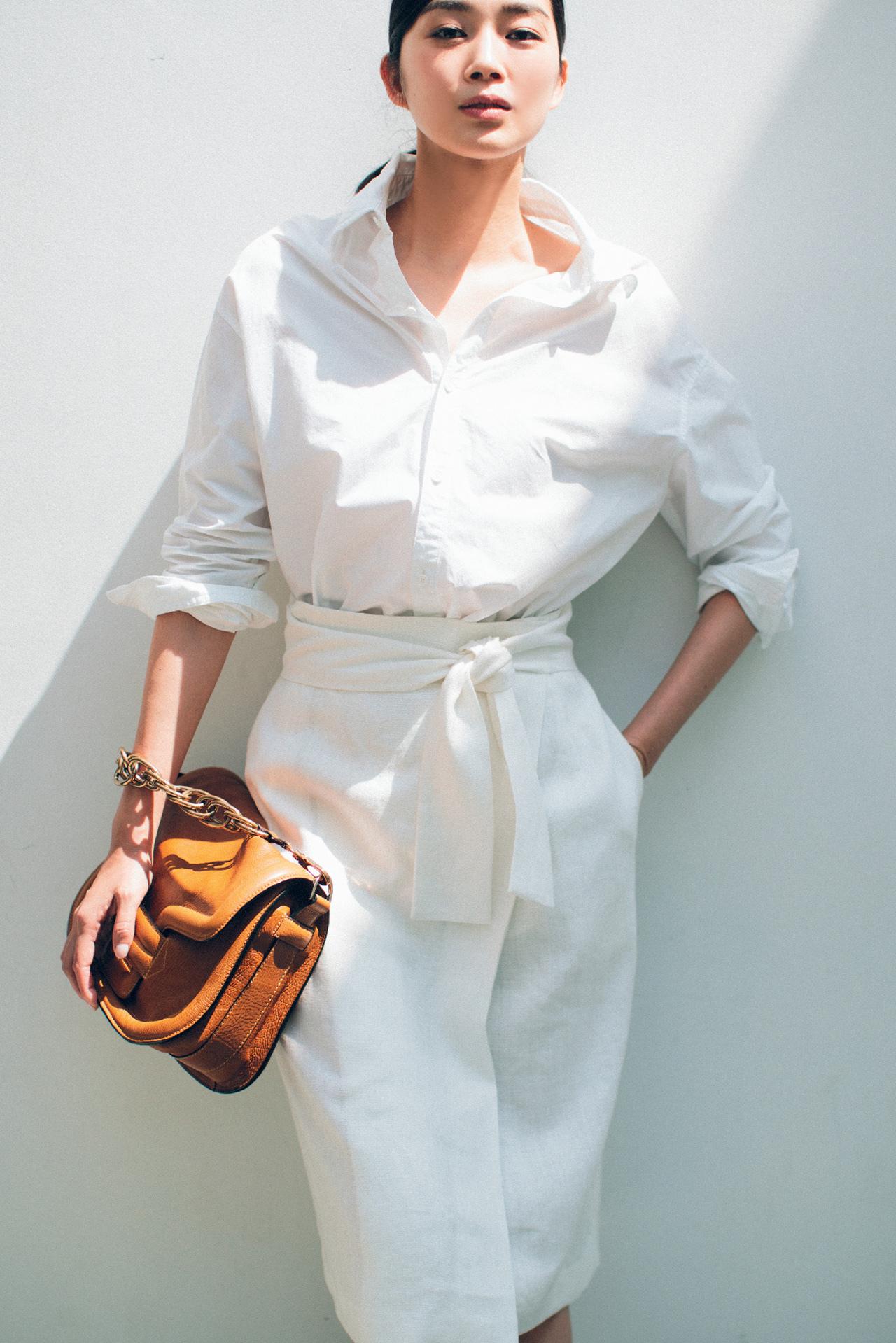 白スカートを味方に着こなしを刷新! 五選_1_1-1