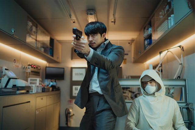 コン・ユとパク・ボゴムW主演作の映画『SEOBOK/ソボク』