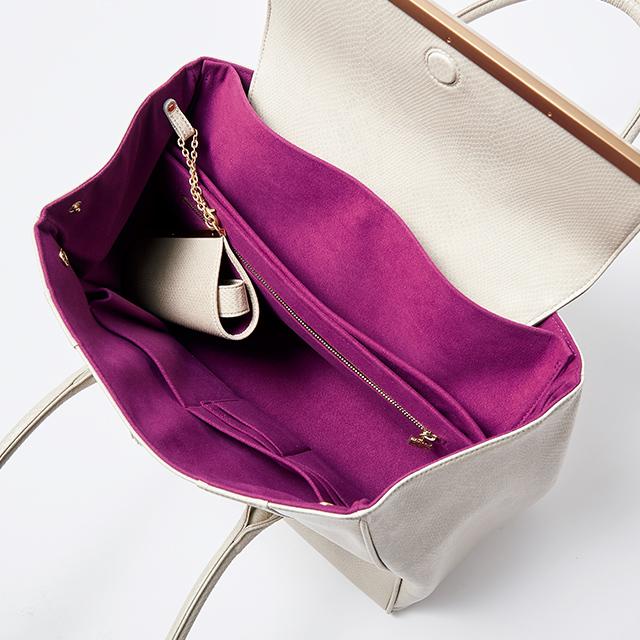 """エレガント顔の""""できるバッグ""""は、収納力と軽さが格別"""