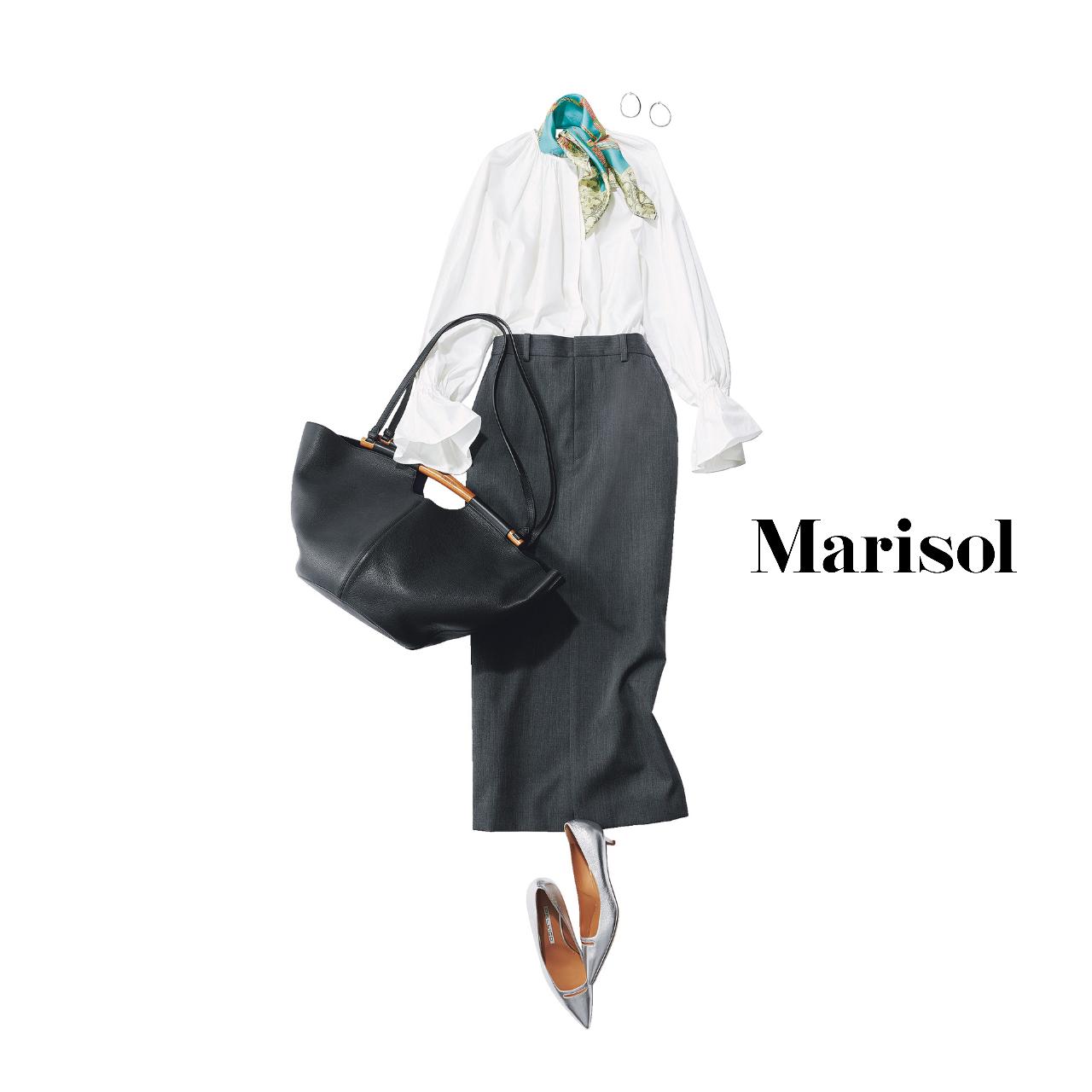 40代ファッション  白シャツ×スカーフ×タイトスカートコーデ