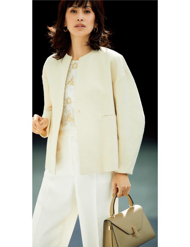 コクーンジャケットでフェミニンにさわやかさをプラス