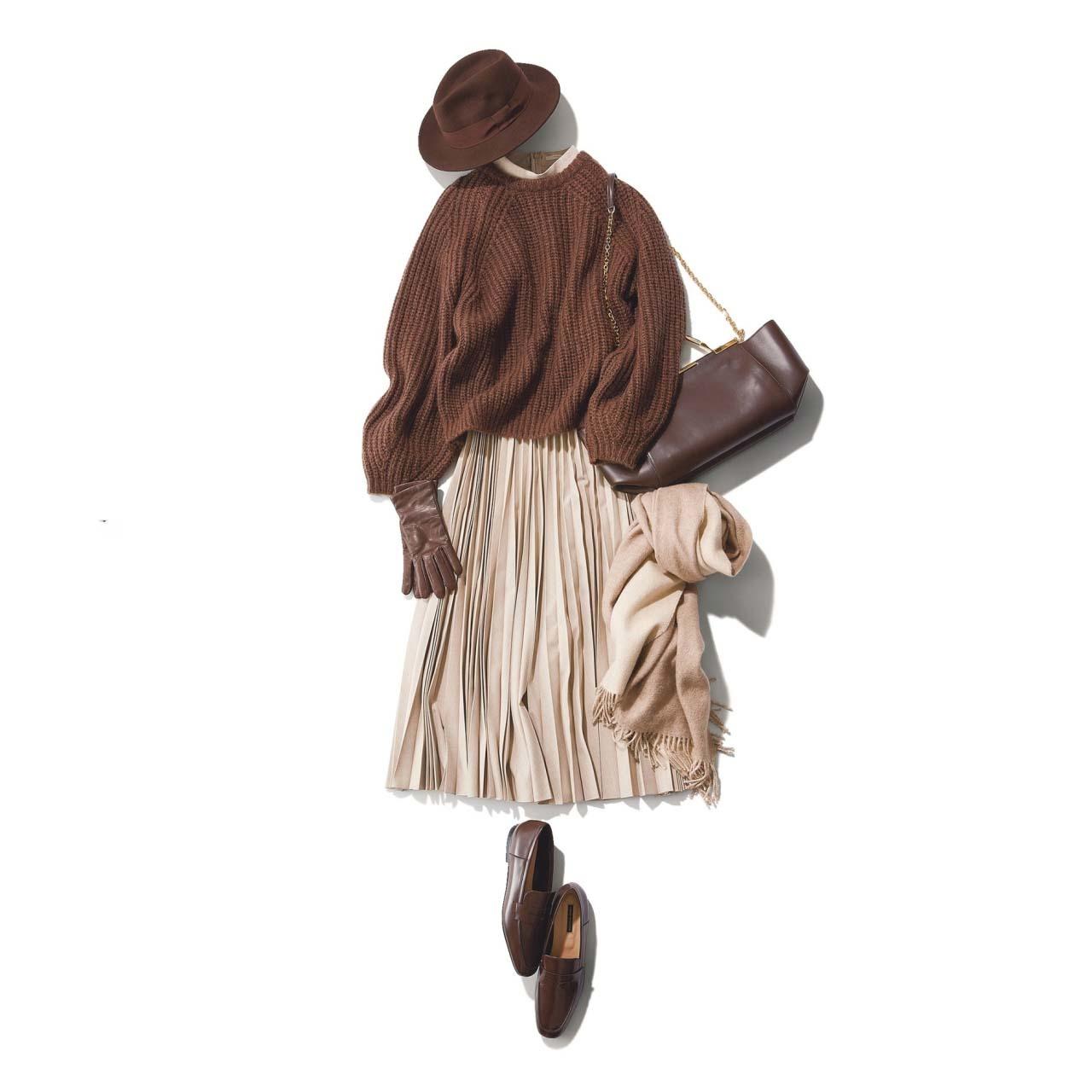 ニット×プリーツスカートの上品フェミニンコーデ