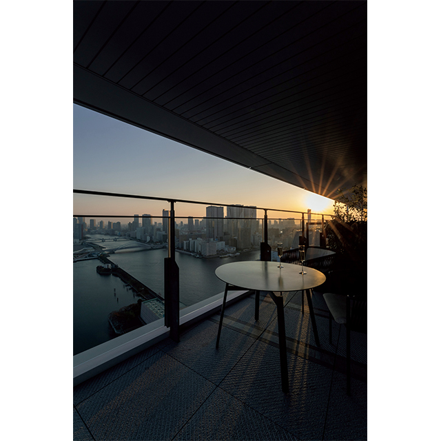 朝焼け、夕暮れ、夜景… 東京湾の七変化を心ゆくまで