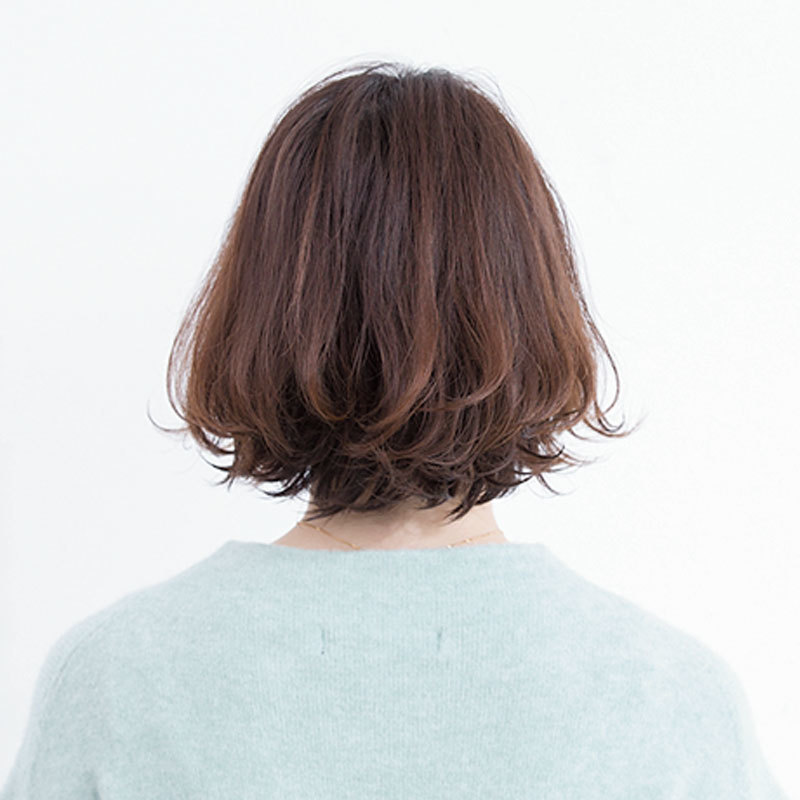 後ろから見た40代に似合う髪形人気ヘアスタイル1位