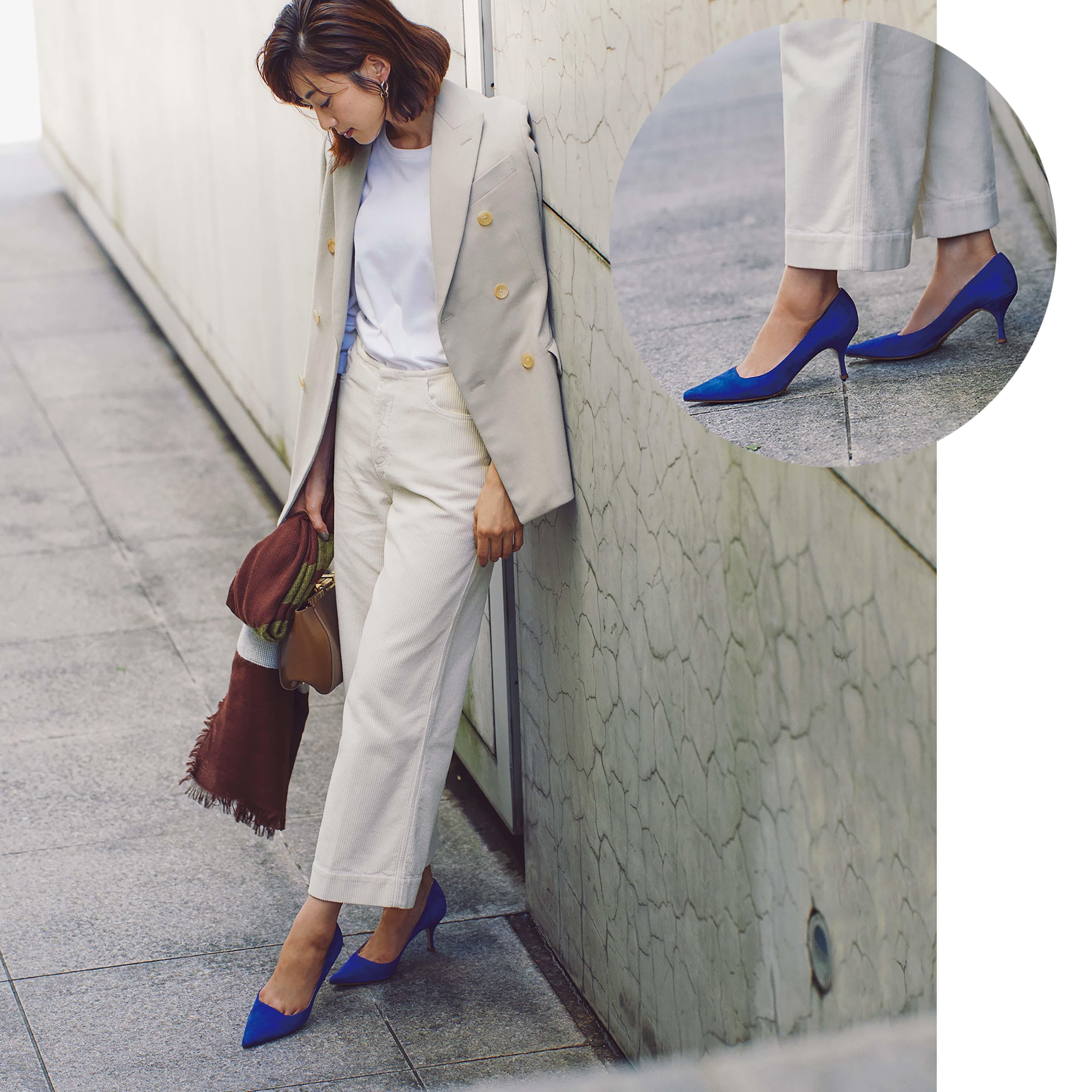 ジャケット×パンツ×きれい色パンプスのファッションコーデ