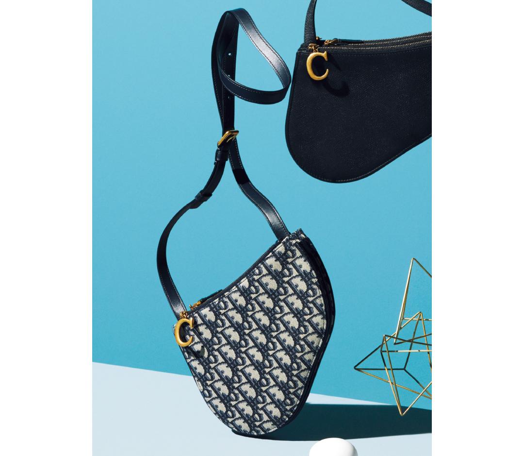 ディオールの新作「サドル」バッグにポシェットタイプが登場! 【20歳からの名品】_1_2-2