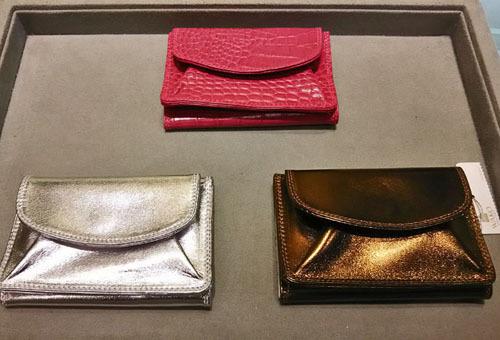 メタリックloverとは私のこと。ゴールドの財布はこれで4代目♡_1_3