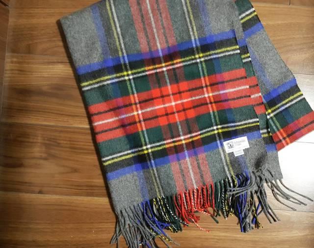 バサッと羽織るだけでキマる。定番ストールでお洒落に防寒コーデ【My定番アイテム】_1_1