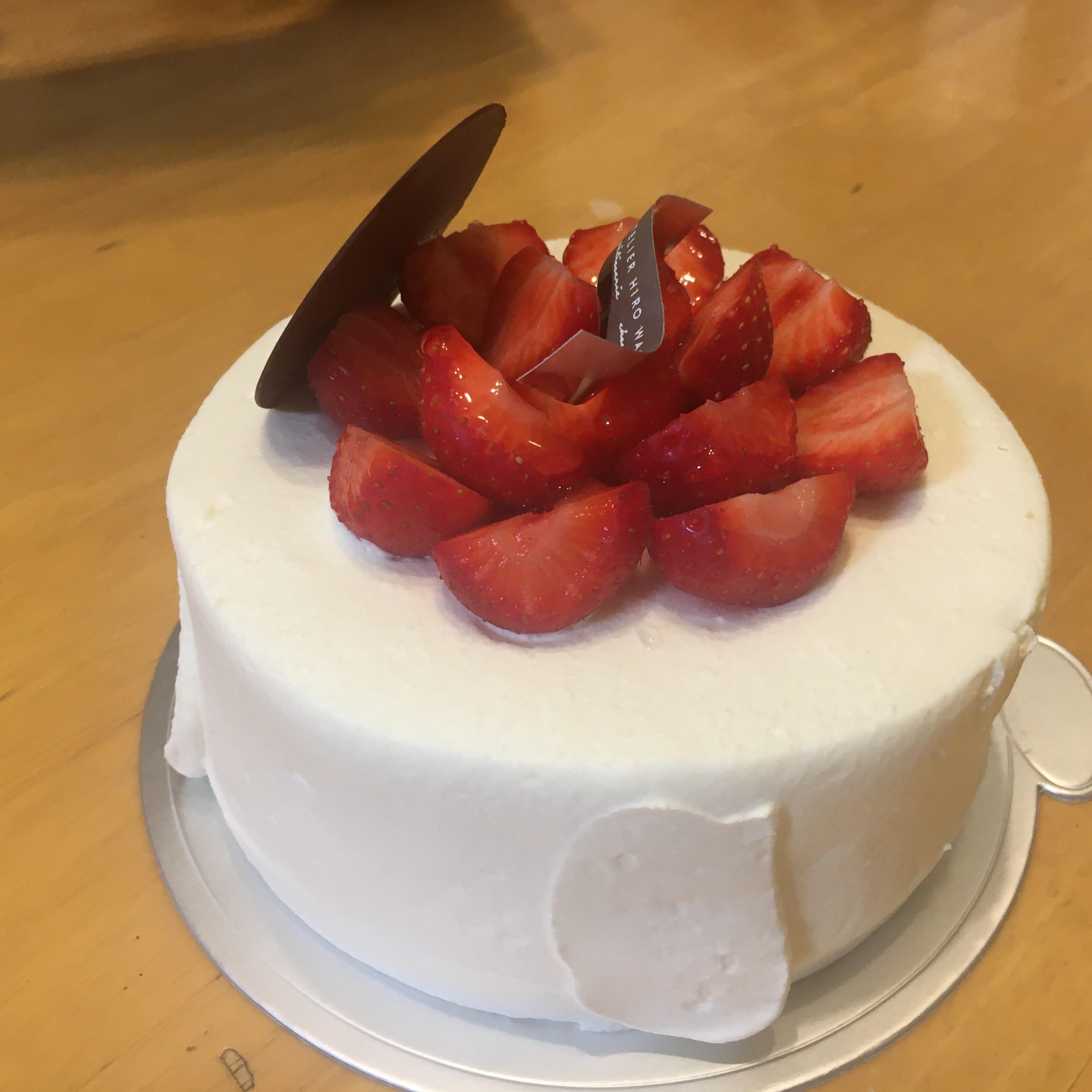 ラトリエ ヒロ ワキサカのイチゴのショートケーキ