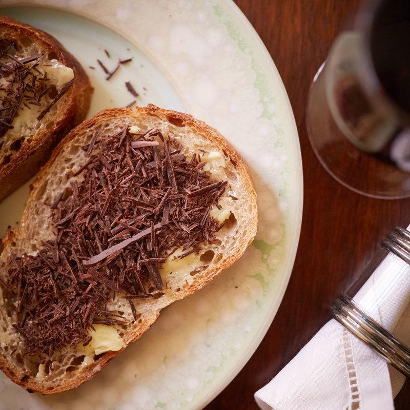 【M.シャプティエ バニュルス リマージュ 201に合うおつまみレシピ 1】塩バターとチョコレートのタルティーヌ1