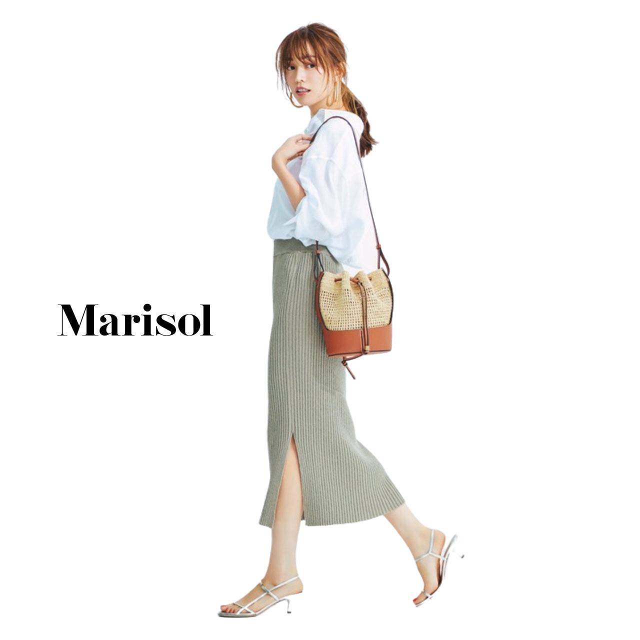 40代ファッション 白シャツ×ニットタイトスカートコーデ