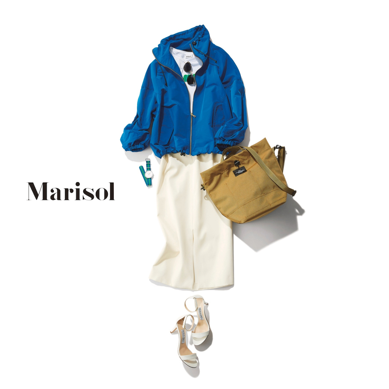 40代ファッション ブルーブルゾン×白スカートコーデ